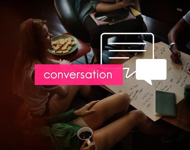 Conferencia de comunicación compartiendo la reunión de conversación Foto gratis