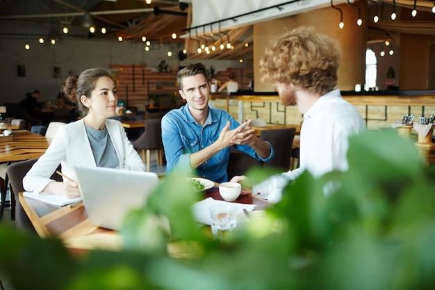 Consultoria en cafe Foto gratis