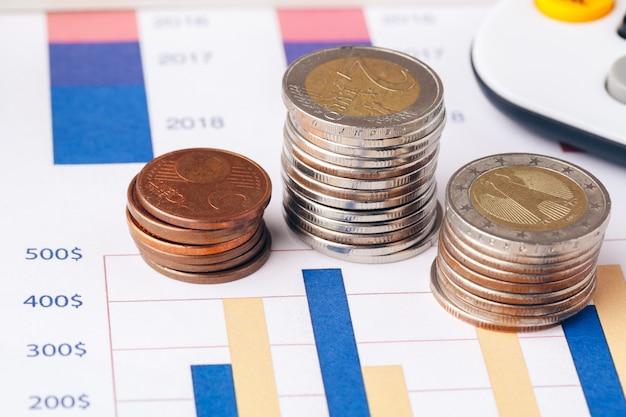 Contabilidad en oficina. finanzas empresariales y contabilidad Foto Premium