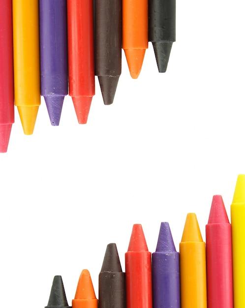Crayones de cera en el fondo blanco   Descargar Fotos premium