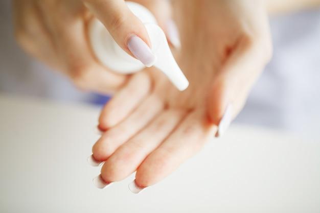 Cómo cuidar la piel de las manos