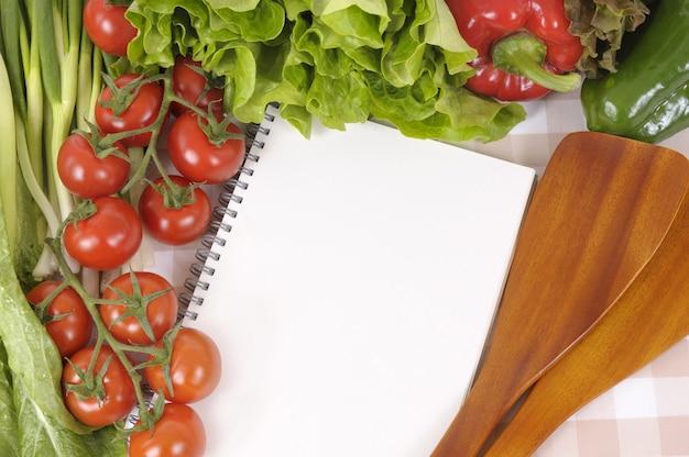 cuaderno de recetas en la cocina descargar fotos gratis. Black Bedroom Furniture Sets. Home Design Ideas