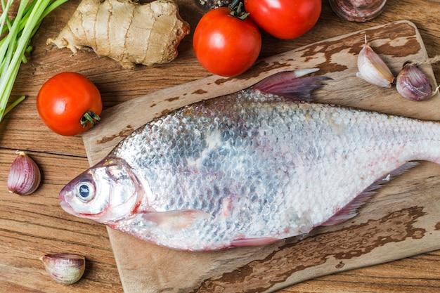 de agua dulce blanco objeto de peces comestibles