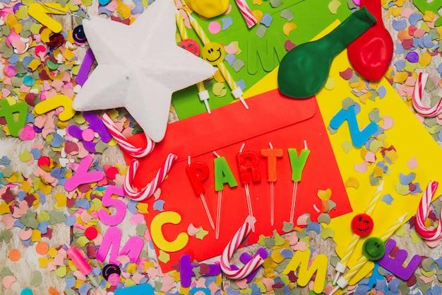 Decoraci n de fiesta con bastones de caramelo estrellas y globos descargar fotos gratis - Decoracion con caramelo ...