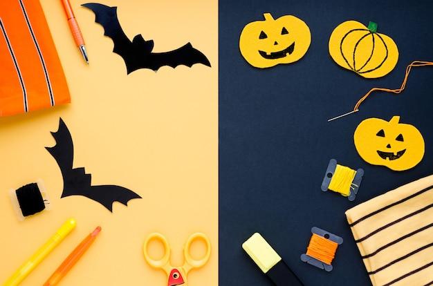 Decoraciones de halloween, artículos de costura que hacen manualidades textiles de calabaza, murciélagos hechos a mano, araña Foto Premium