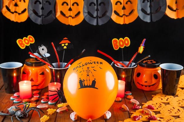 Decoraciones de halloween para la fiesta | Foto Gratis