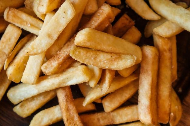 Deliciosas papas fritas. Foto Premium