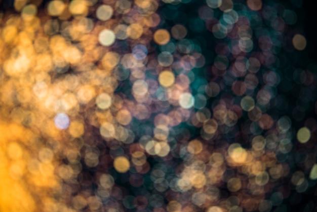 Desenfoques de muchas luces en la oscuridad Foto gratis