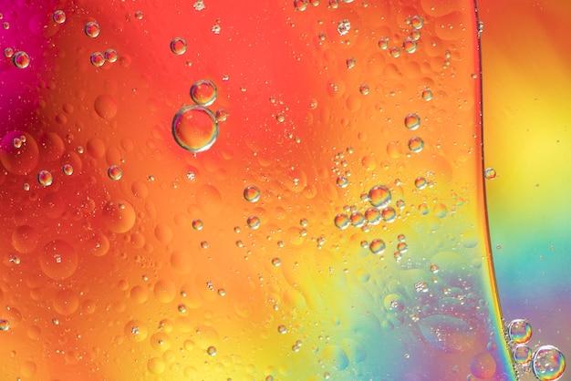 Diferente textura de burbujas de arco iris abstracto Foto gratis