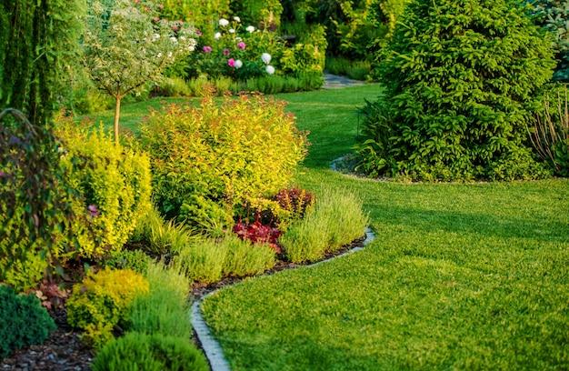 Diseño del jardín casero Foto gratis