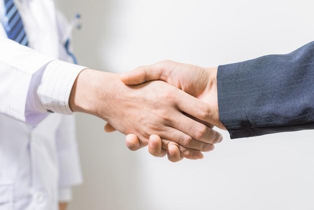 Resultado de imagen para doctor y abogado