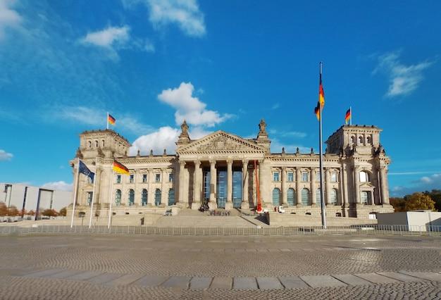 Edificio del reichstag de berlín Foto Premium