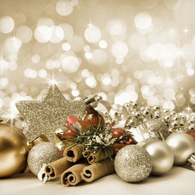 Elegantes adornos de navidad con una estrella descargar - Adornos navidenos elegantes ...