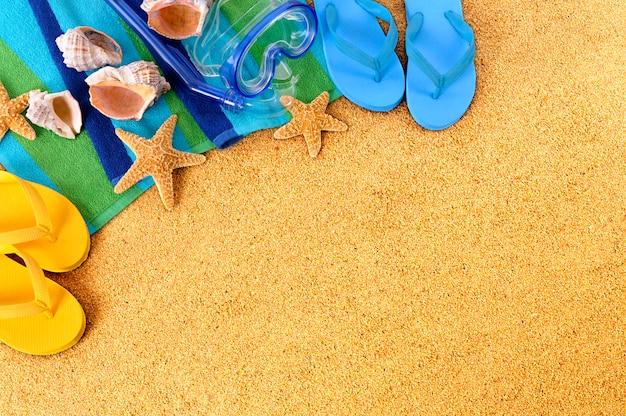 Te Amo En Arena Foto De Archivo Imagen De Elementos: Elementos De Playa Sobre La Arena