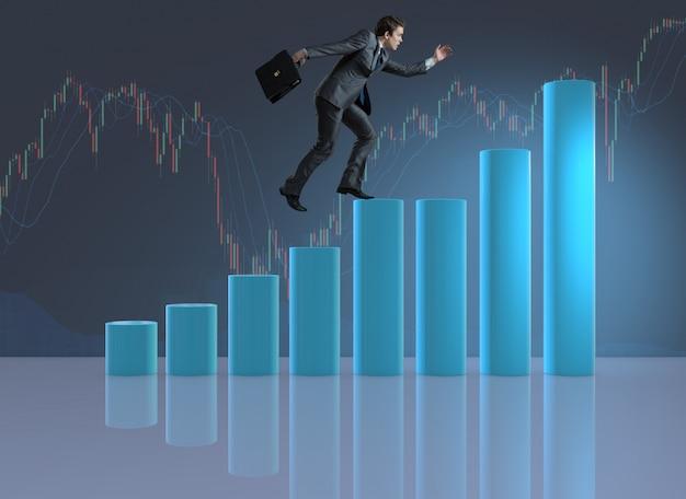 Empresario escalada en la escala de carrera como corredor de comerciante Foto Premium