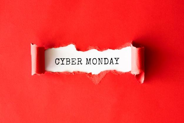 Endecha plana de papel rasgado para cyber monday Foto gratis