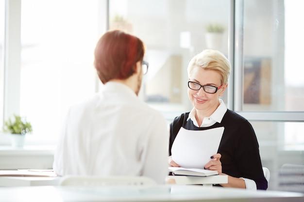 Entrevista con el empleador Foto gratis