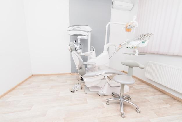 Equipamiento de dentista Foto gratis
