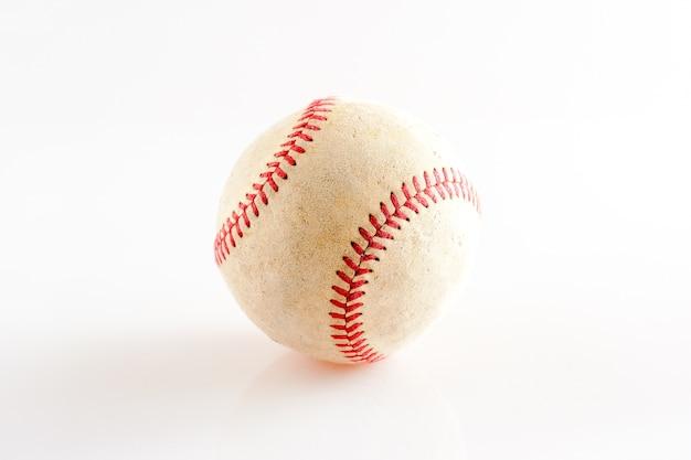 Equipo de deportes viejo béisbol en el fondo blanco | Descargar ...
