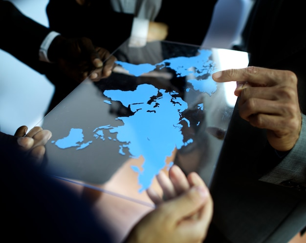 Equipo de negocios concepto de planificación de negocios globales de trabajo Foto gratis