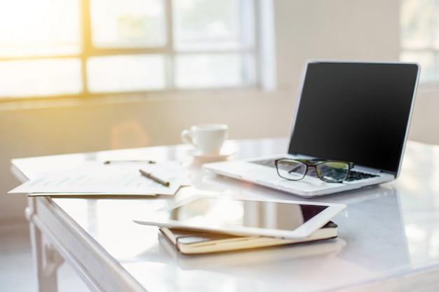 El escritorio de office abstracto Foto gratis