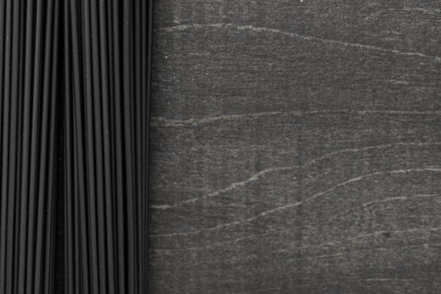 Espagueti negro con espacio de copia Foto gratis