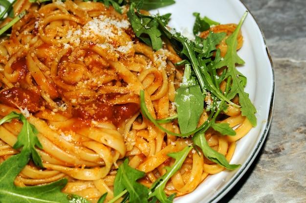 Salsa Espaguetis Tomate Con De En La MaderaDescargar Mesa htsQrCd