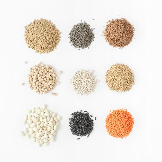 Establecer cereales blanco fuente de alimento saludable proteína vegetarianos Foto Premium