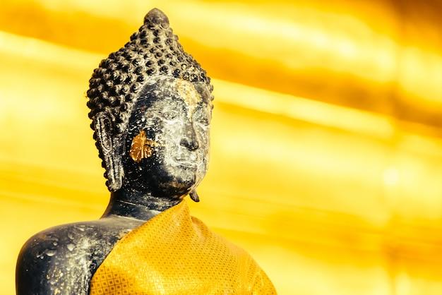 Estatua de buda Foto gratis