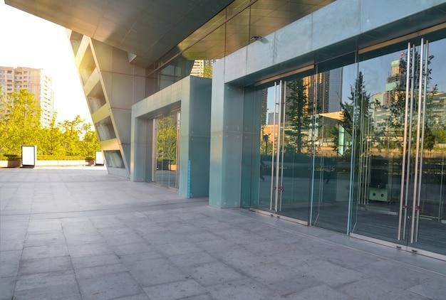Exterior de edificios modernos descargar fotos gratis for Exterior edificios