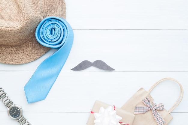 Fondo Dia Del Padre: Feliz Día Del Padre, Accesorios Del Hombre Y Bolsa De