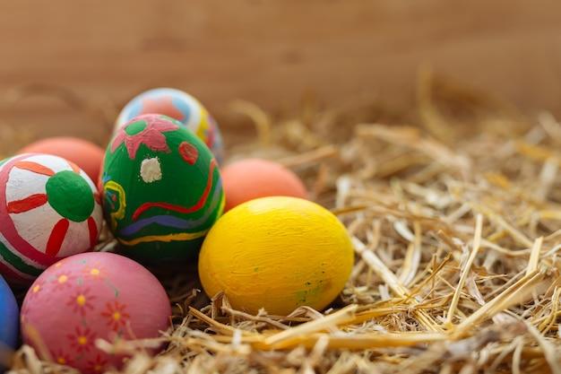 Fiesta del huevo de pascua. Foto gratis