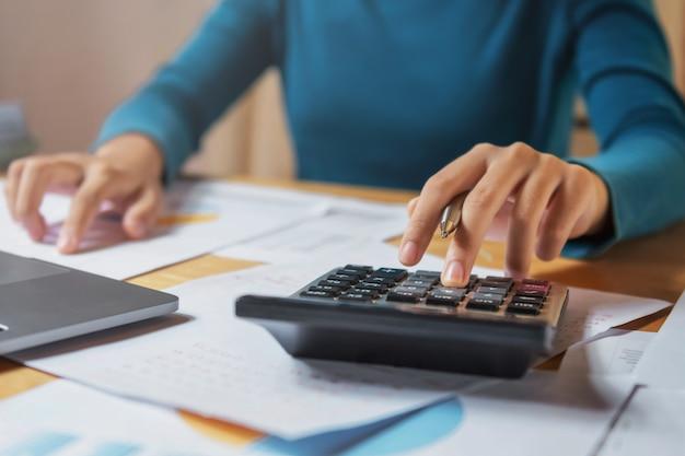Finanzas empresariales y concepto contable Foto Premium