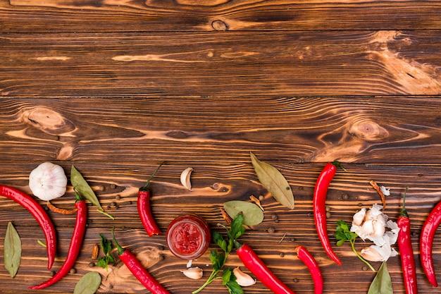 Flat lay de comida mejicana con copyspace Foto gratis