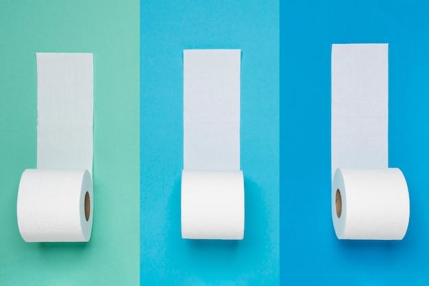 Flay lay de rollos de papel higiénico Foto gratis