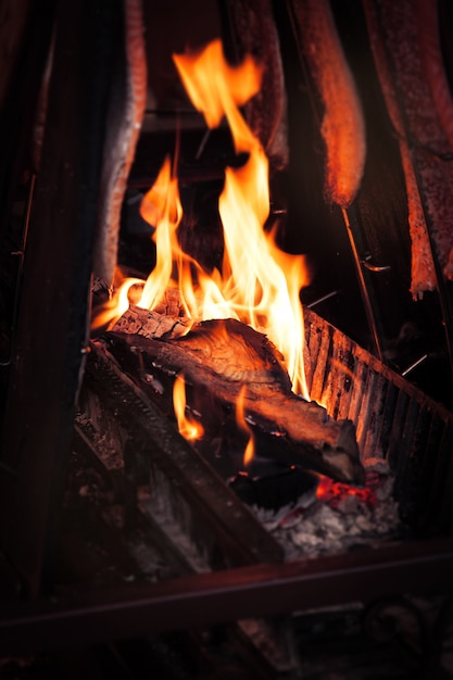 Fogata de una chimenea descargar fotos gratis - Chimenea hace humo solucion ...