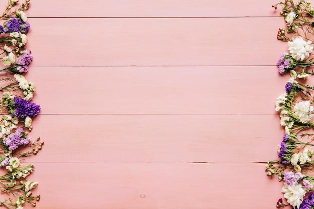 Fondos De Pantalla Rosas Tablones De Madera Rosa Color: Fondo De Madera Rosa Con Flores Rosadas