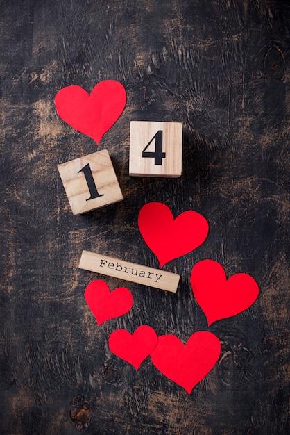 Fondo del día de san valentín con corazones rojos Foto Premium