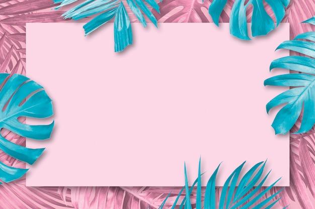 Fondo de hojas tropicales de verano con estilo minimalista de copia espacio Foto Premium