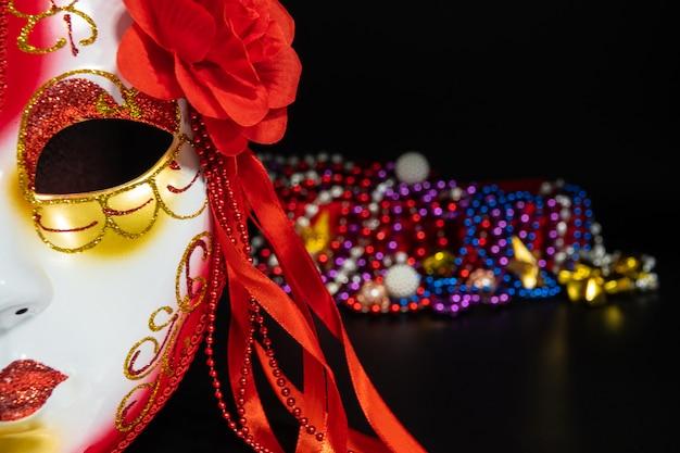 Fondo para mardi gras o fat martes con máscara de mascarada Foto Premium