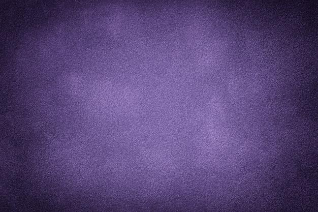 Fondo mate violeta oscuro de tela de gamuza Foto Premium