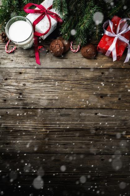 Fondo de navidad con adornos Foto Premium