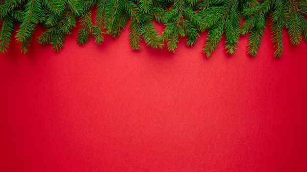 Fondo de navidad con ramas de abeto natural Foto Premium