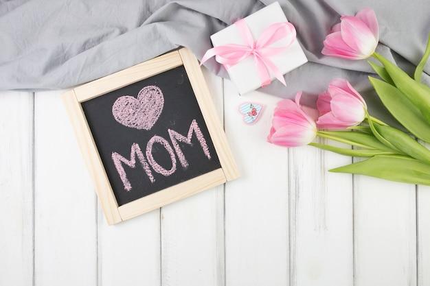 Fondos Para El Dia De La Madre: Fondo Para El Día De La Madre Con Pizarra