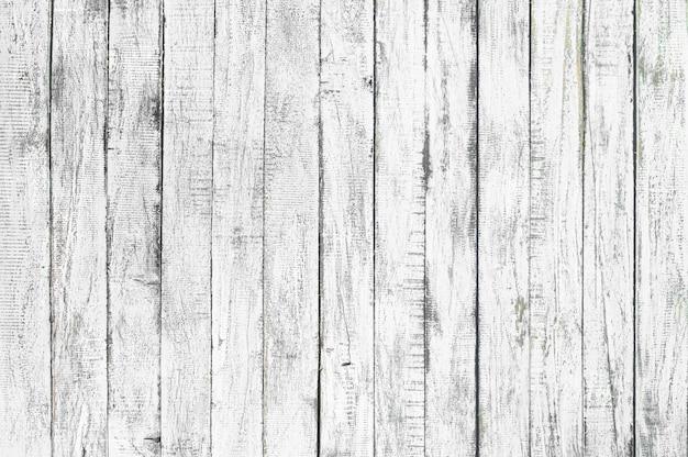 Fondo de textura de madera blanca procedente de árbol natural. paneles de madera viejos que son patrones vacíos y hermosos. Foto Premium