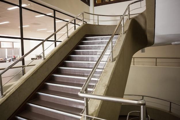 forma de escalera vacía descargar fotos premium