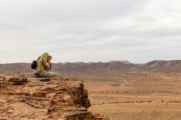 Fotógrafo, desierto del sahara. Foto Premium