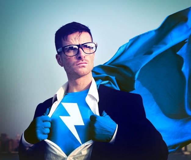 Fuerte superhéroe empresario relámpago conceptos Foto Premium