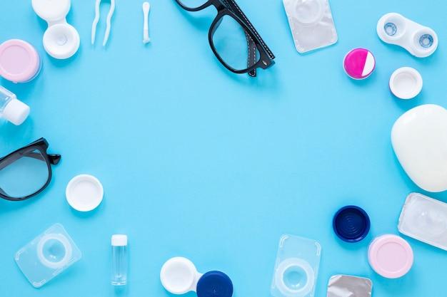 Gafas y lentes de contacto con espacio de copia Foto Premium