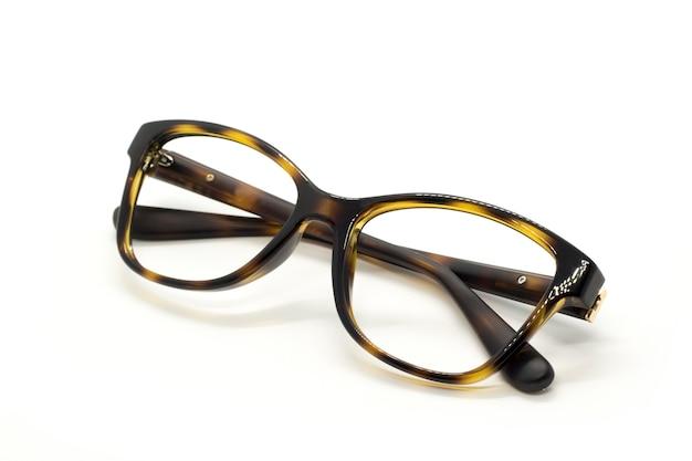 Gafas de moda modernas aisladas, reflejo perfecto, gafas Foto Premium